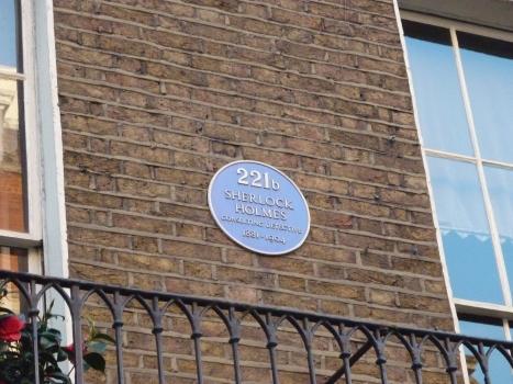 221B-baker-street-2
