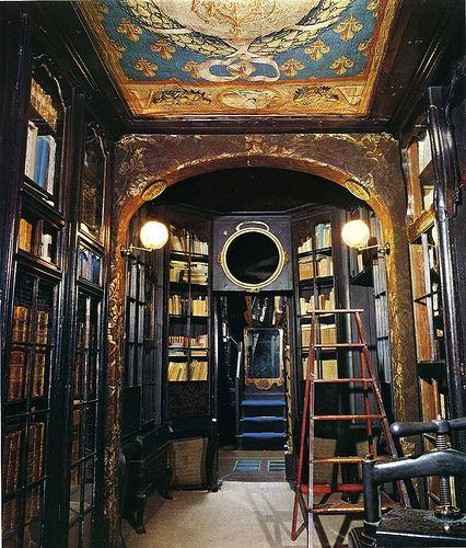 visite de la maison de victor hugo guernesey a livre ouvert. Black Bedroom Furniture Sets. Home Design Ideas