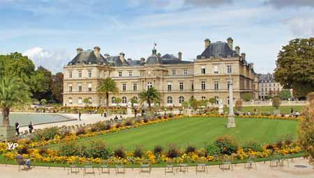 La Bibliotheque Du Palais Du Luxembourg A Livre Ouvert