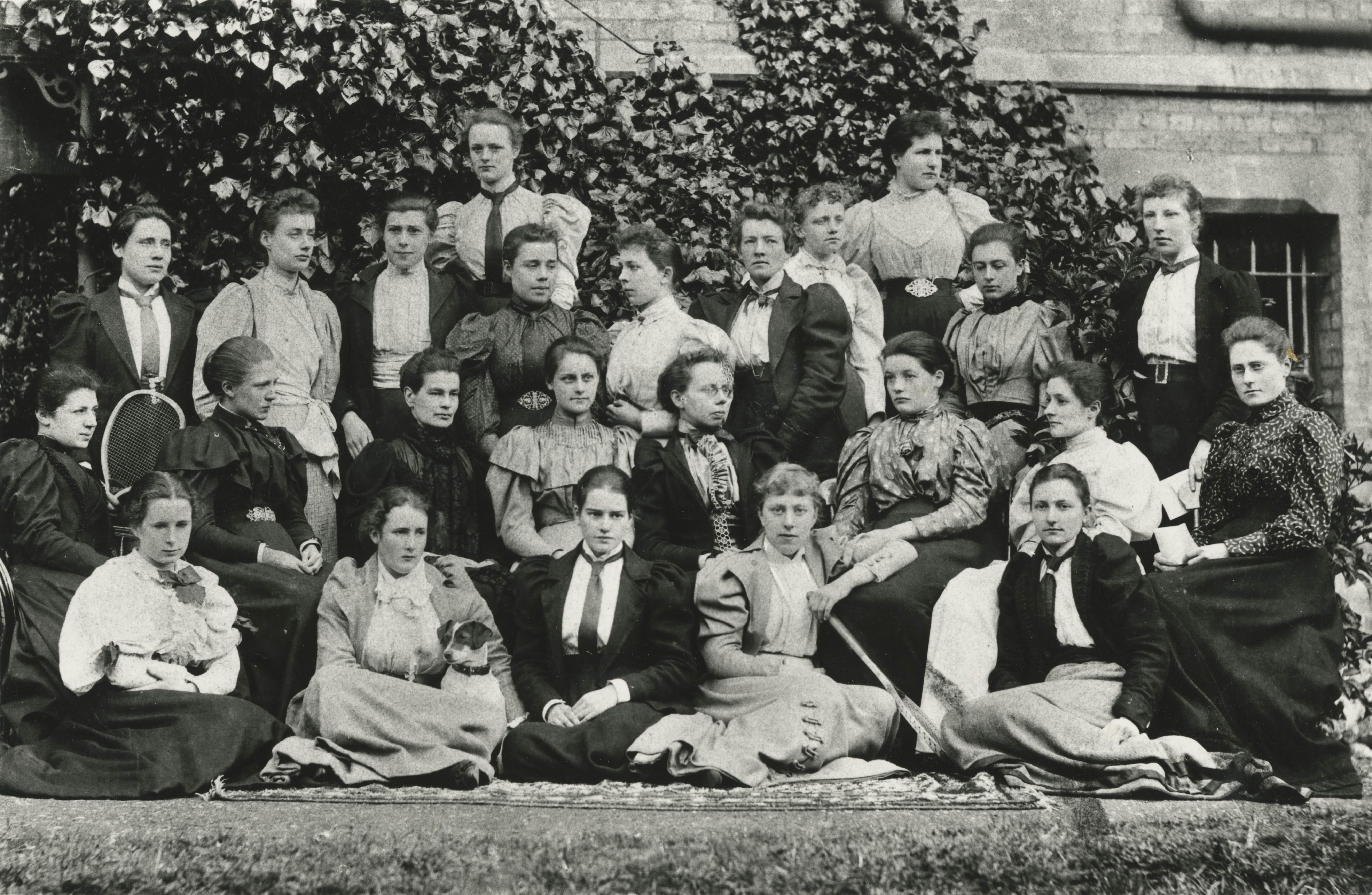 Oxford-Women-1894